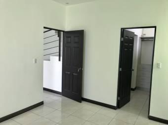 Escazu Linda y Comoda Casa en Venta 4HAB