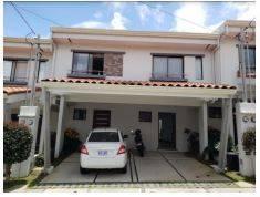 Venta de apto ubicado en Heredia, Santo Domingo, Santa Rosa