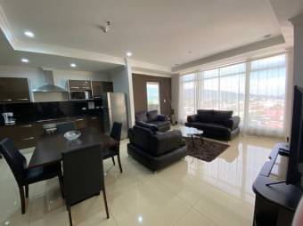 Sabana Sur / 1 bedroom apt / Security / Luxury finishes / View / Furnished