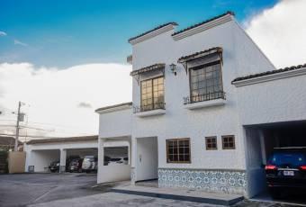 Venta de casa ubicada en Cartago, Tejar, El Guarco