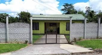 V#458 Preciosa Casa de Venta en Monte Cristo/San Carlos.