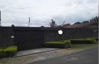 Venta de casa ubicada en Heredia, Santo Domingo, Santa Rosa
