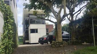 Se  Vende Casa Contemporánea El Carmen Cartago