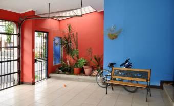 Casa de 1 planta en Residencial con Vigilancia