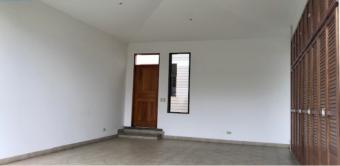 Alquiler casa Escazú $2.000 linea blanca. 3 cuartos  servicio (AV-3016f)