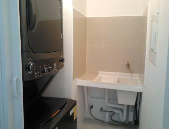 Alquiler apartamento Curridabat $750, línea blanca (AV-3667)