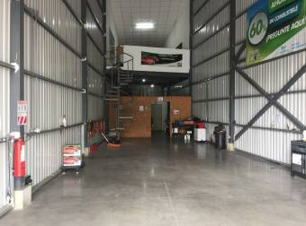 Bodega industrial Uruca 203m2 a $1.421 (B-1130)