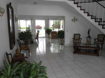RS Vende Mansión en Residencial Exclusivo de Ciudad Colon Listing 19-1349