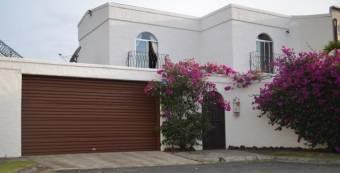 RS Vende Amplia casa Estilo Colonial en San Pablo Heredia Listing 19-61