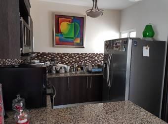TERRAQUEA Casa en condominio ubicada en una de las zonas con mas auge