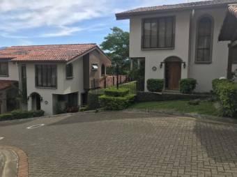 se renta casa moderna estilo townhouse en san rafael de escazu 19-590