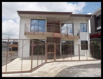 Se Alquila Apartamento en Mercedes Norte de Heredia