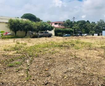 Precioso lote dentro de residencial privado en Guachipelin Norte