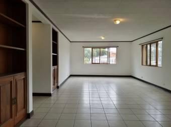 Apartamento en alquiler en San Rafael Escazú, cercano al Country Club