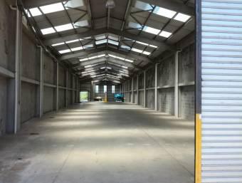 Belén / Industrial Warehouse / Excellent location / Wide / Own parking