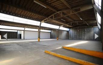 Venta bodega Uruca industrial 3.010m2 a $2.008.252 (B-1151)