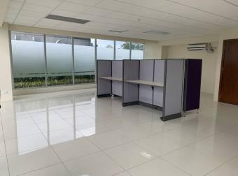 Alquiler Oficina Alajuela 80m2 a $1.920 (O-820)
