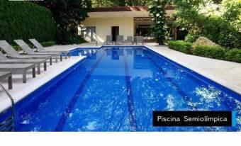 Se vende hermoso apartamento es como vivir de vacaciones y cerca de todo 19-1157