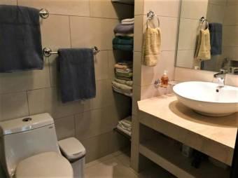 se vende apartamento con caracateristica unicas amoblado y remodelado 19-872