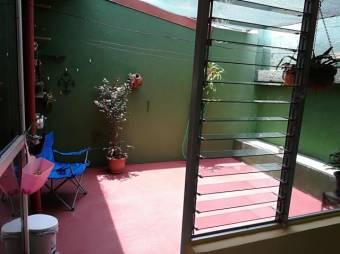 Se vende Casa en alajuela muy bien ubicada en 50 millones 18-303