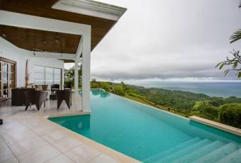 Villa Pinuela - Villa and Guest House