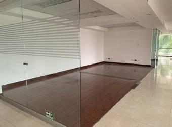 Alquiler oficina 937m2 a $19.782 en oficentro (O-519)
