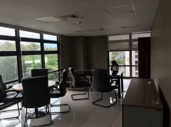 Alquiler oficina San Pedro en Oficentro 324m2 a $6.156 (O-1011)
