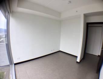 Venta apartamento Rohrmoser Q-BO piso 19 a $205.000 (AV-2143)