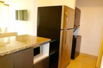 apartamento, con acabados de lujo, ubicado en excelente zona 19-376
