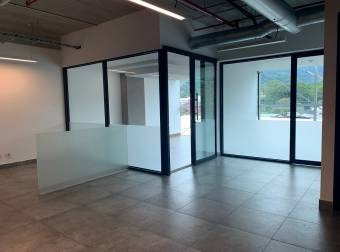 Alquiler oficina Santa Ana 125m2 a $3.000 iva incluido (O-698)