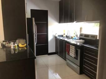 Lindo Apartamento en Curridabat