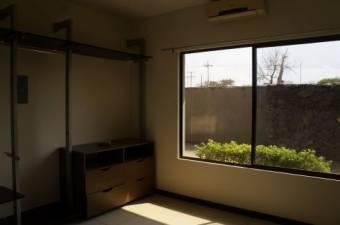 TERRAQUEA Bello Apartamento de 2 habitaciones en Bello Condominio en Liberia