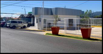 Alquiler local comercial / Parque Industrial