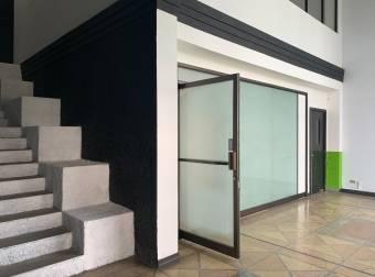 Alquiler OFIBODEGA Santa Ana 360m2 a $3.240 (B-1416)
