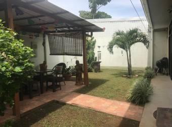 Venta casa de oportunidad El Roble Alajuela $140.000 (AV-3711)