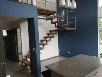 Apartamento de 3 habitaciones moderno NUEVO semi amueblado para estrenar