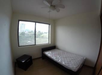 Se Vende Apartamento En Condado Del Palacio