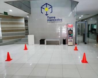Se Vende Local en Torre Mercedes, ₡ 20,000,000, 1, San José, San José