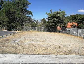 Se Vende local y parqueos en plaza Grecia, ₡ 27,000,000, 10, Alajuela, Grecia