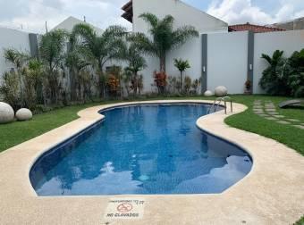 Se vende apartamento en Condominio Torre Sabana