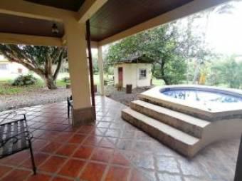 RAH OFC  #20-1931 casa en venta en Alajuela