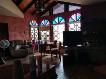 RAH OFC  #21-176 casa en venta en Heredia