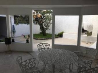 RAH OFC  #19-329. ESPECTACULAR CASA EN VENTA. CURRIBAT