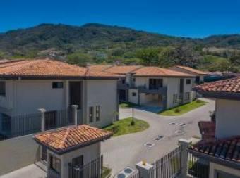 RAH OFC  #21-210 casa en venta en Santa Ana