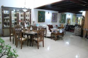 RAH OFC #20-408 casa en venta en Escazu
