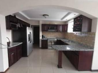 RAH OFC #20-1807 casa en venta en Cartago