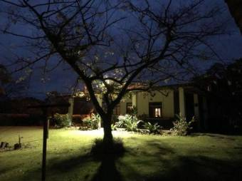 CG-20-1812.  Bonita Casa en SaraRioFrio.  En Venta