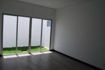 RAH OFC  #20-449 casa en venta en Santa Ana