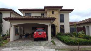 RAH OFC  #20-1699 casa en venta en Cartago