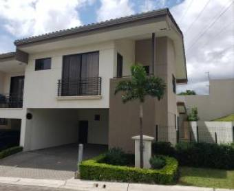 RAH OFC  #20-1792 casa en venta en Escazu